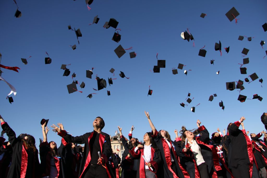 Üniversite-mezunu-olmak